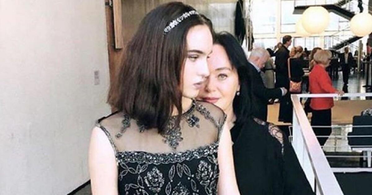 Дочь Гузеевой Опубликовала Странные Обнаженные Фото