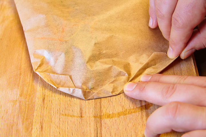 запечатываем в конверт рыбу