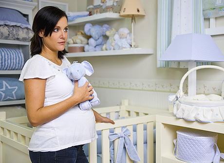 Когда нужно идти первый раз к врачу при беременности