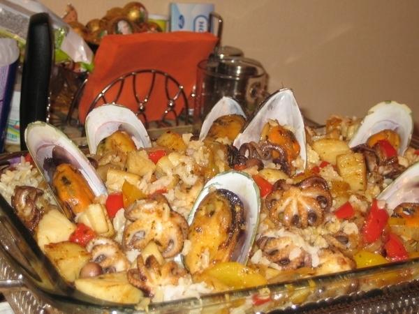 Паэлья с морепродуктами в домашних условиях