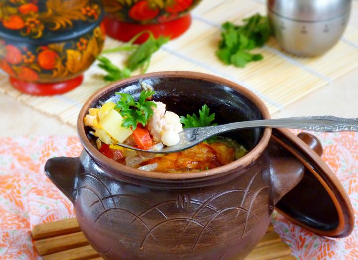 рецепт приготовления жаркое в горшочках