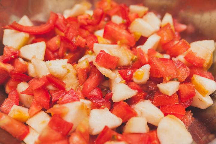 Простые салаты с помидорами