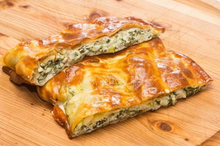 Пирожки с творогом из слоеного теста в духовке рецепт с пошагово