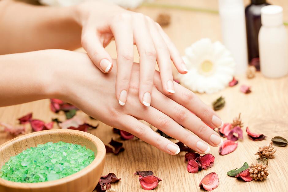 Картинки по запросу Ванночки для восстановления ногтевой пластины