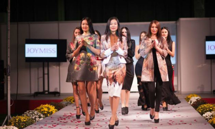 За время своего существования CAF зарекомендовала себя как единственное  специализированное событие на рынке казахстанского fashion-ритейла, ... e358bda9324