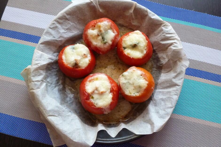 запекание томатов