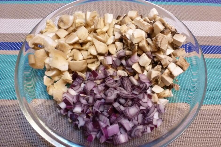 Как приготовить мясо из грибами сыром