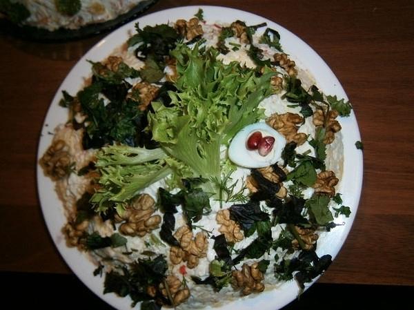 Салат из кальмар с шампиньонами