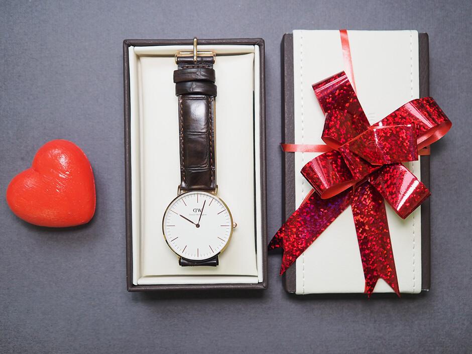 Можно ли дарить часы в подарок мужчине