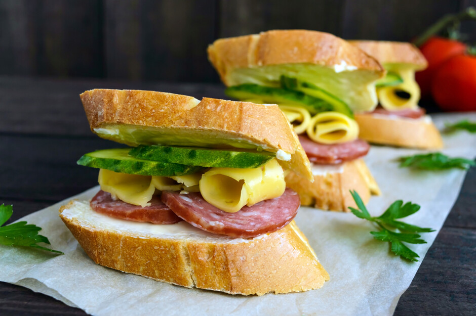 Картинка бутерброда с колбасой и сыром, картинки надписями