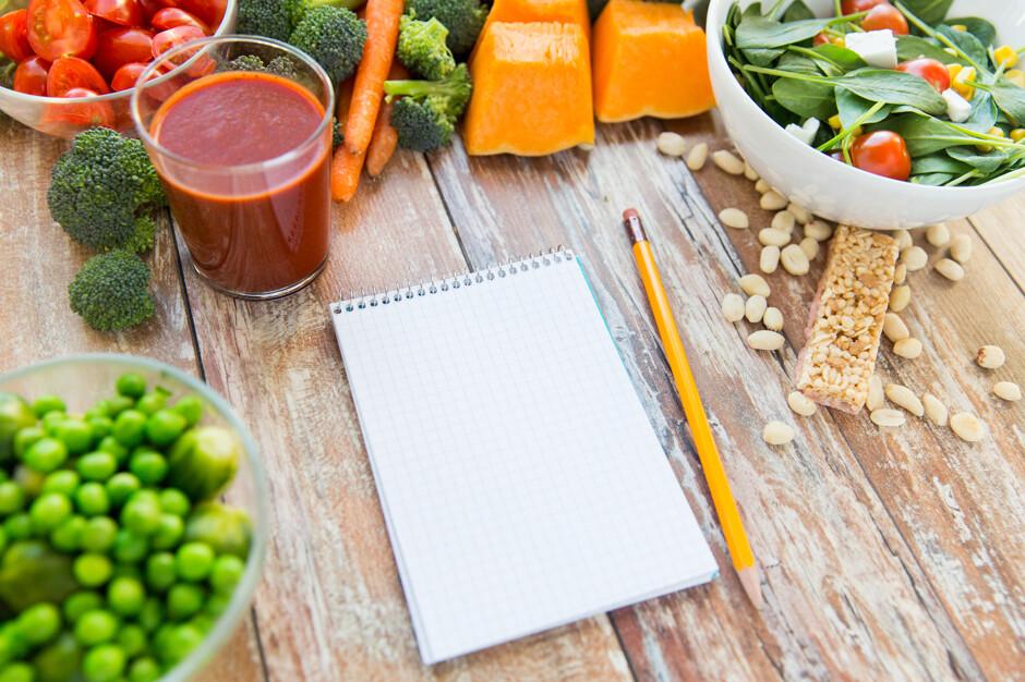 Названы продукты, помогающие поддерживать здоровый вес в среднем возрасте - Кулинарные новости