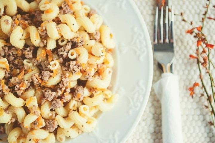 ''ფენოვანი მაკარონი ხორცით'' მარტივი რეცეფტი