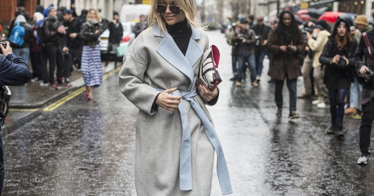 Что сделать чтобы к пальто все не липло